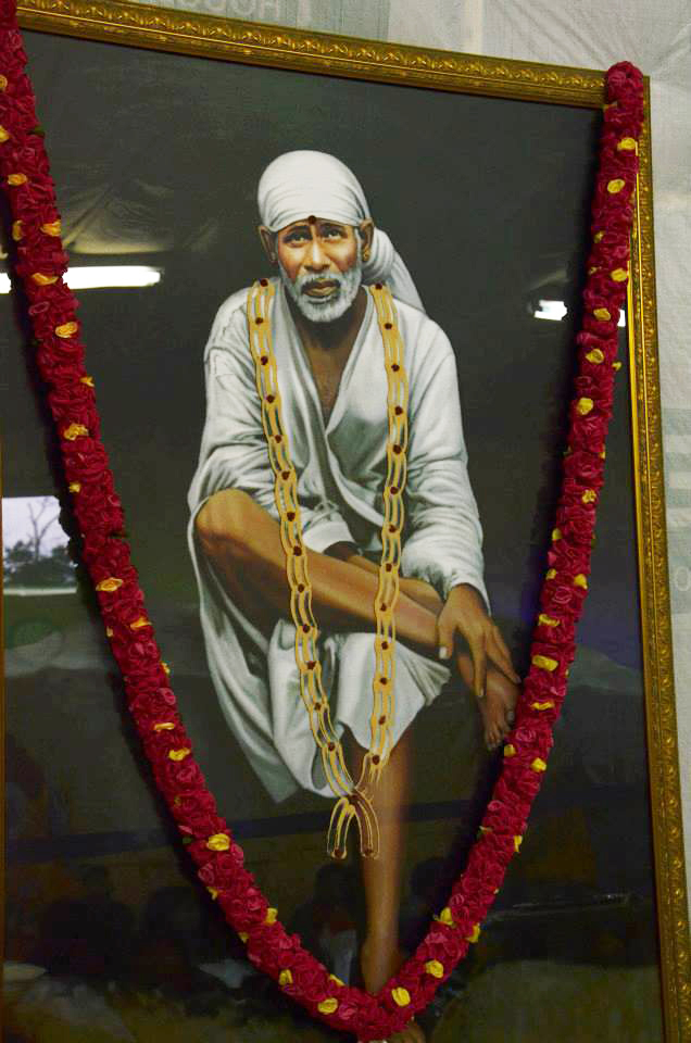 The trip started with the blessings of Baba