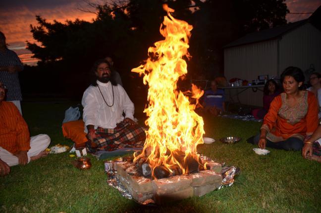 Mohanji - Homa - Fire ritual in the USA