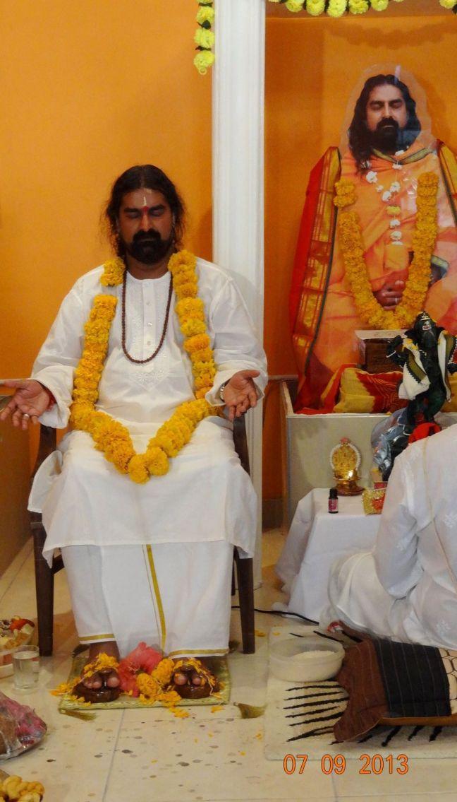 Mohanji in the Merudanda ashram