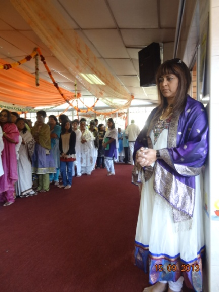 The long line for Shaktipat and Sulosh soaking in the sacred energy