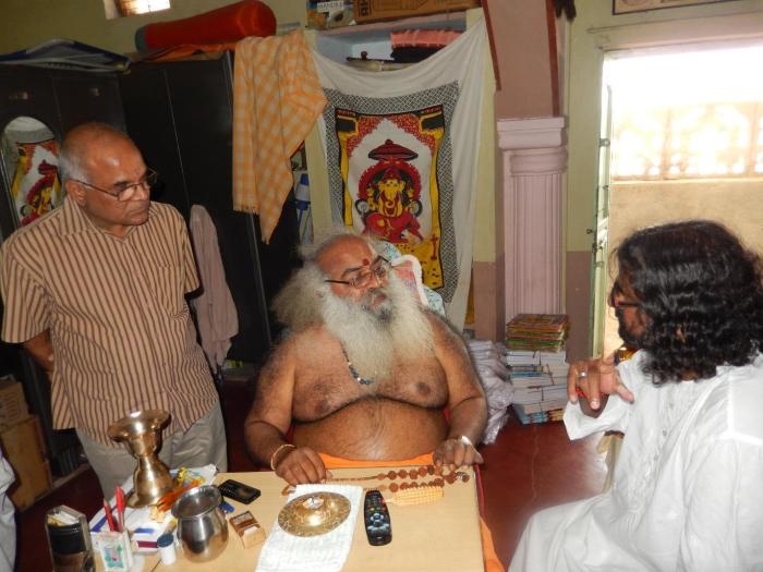 Mohanji in conversation with Sri Sri Sri Swamy Vitthal Babaji