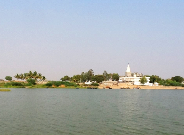 Temple of Lord Datta on the banks of river Krishna on the opposite side of Kuruvapuram where Sripada Srivallabha attained Maha Samadhi
