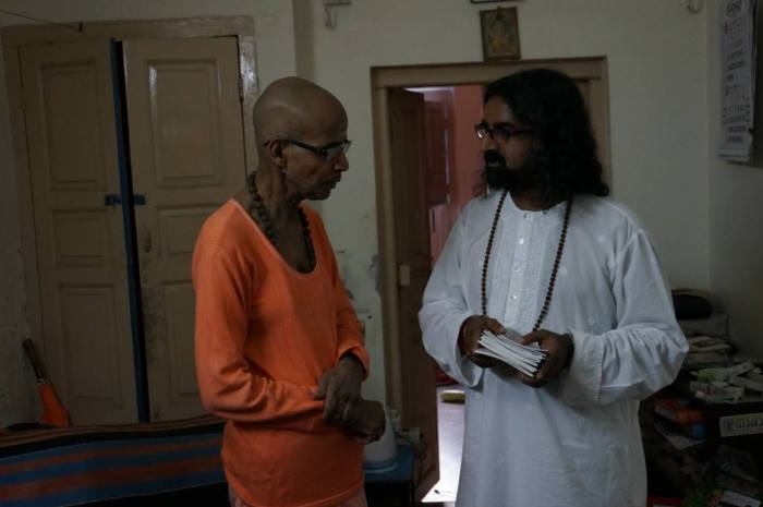 A rare and auspicious meeting with Swami Govindananda of Sivananda Ashram