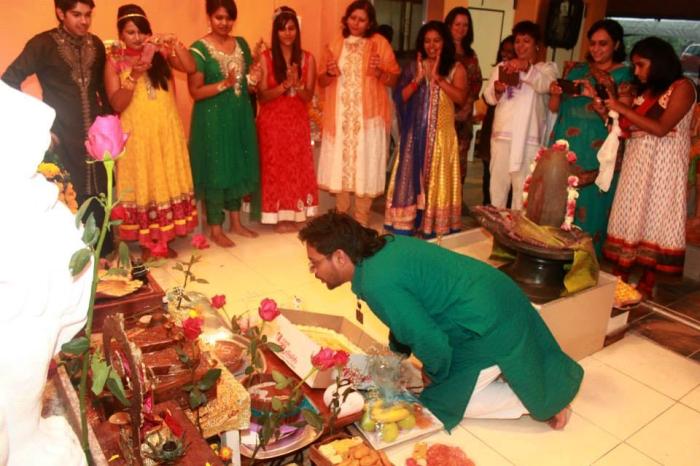 Merudanda ashram - welcoming of Mohanjis murthi