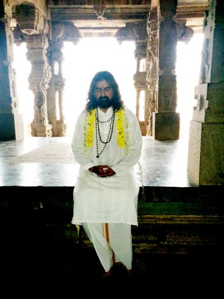 Mohanji meditating in the temle