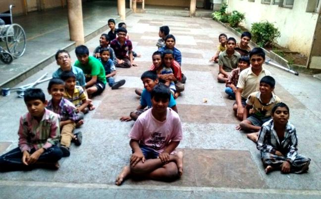 Ammucare - Guru Purnima - food seva in Pune