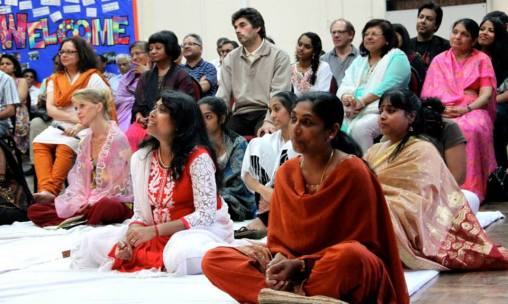 The second public Satsang with Mohanji was again held the Oxheywood Primary School on 8th August 2015. The evening commenced with the Power of Purity Meditation by brother Rajesh. This was followed by a talk by brother Andreas who is selflessly creating a profound impact on our consciousness. Very simple - if everyone could spend a couple of minutes to meditate for world peace at a set time wherever they may be - the group energy created permeates every part of mother earth and beyond. Jayshree offered a wonderful Kirtan (devotional song) to the feet of Mohanji which touch our souls. Mohanji then answered many questions followed by 'Skaktipat' to all present. It was an uplifting evening, filled with extraordinary love that suffused our mind, body and spirit. Thank you Mohanji, we are already planning for your visit in July 2016! There are simple no words to express the gratitude we feel for showering the UK with your love and blessings over the last 3 weeks.