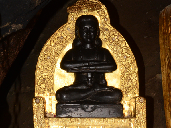 Balaknath (Source: http://www.bababalaknathdeothsidh.com)