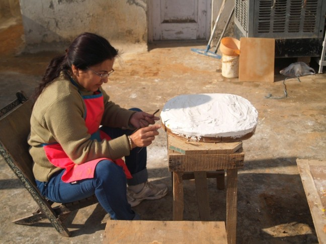2 Opening the mould from clay