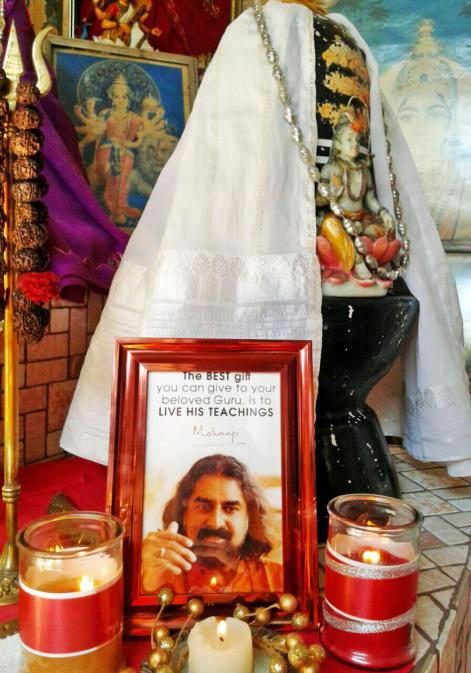 Mohanji altar