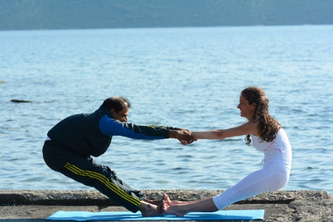 yoga postures Sanjay Sir and Biljana Vozarevic (38)