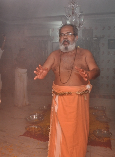 avadhoota-nadananda-final-blessing