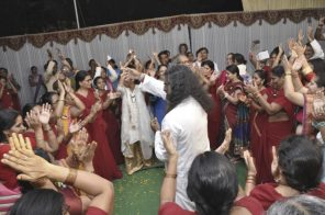 mohanji-dancing