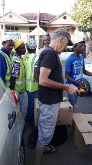 Lunch served in poor part of Johannesburg and food packet distributed (3)