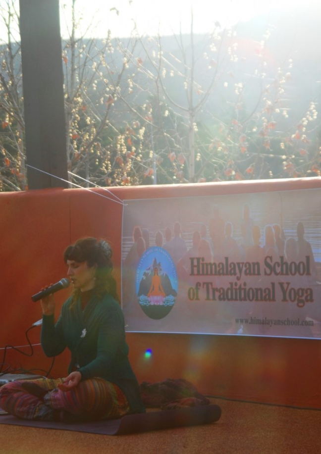 Pic 8 - morning sun and rays of light on Devi and HSTY banner