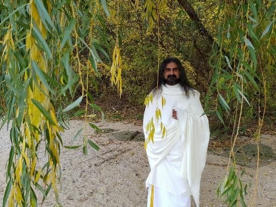 Mohanjis Divine Presence 16 left