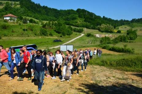 Climbing to Vratnica Tumulus