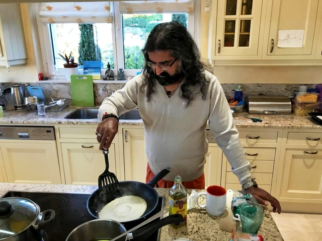 Mohanji cooking