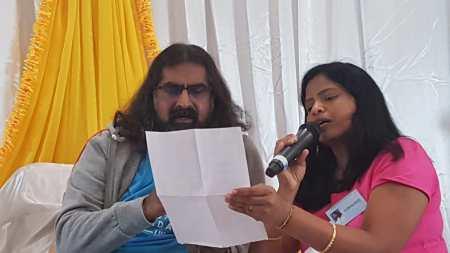 Mohanji_singing