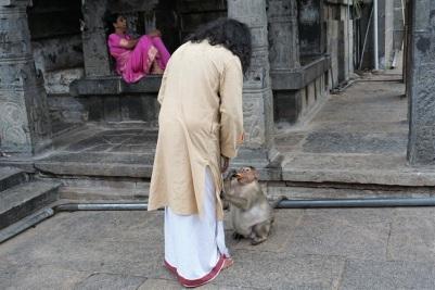 Hanuman Ji - holding Mohanji's clothing_650.jpg