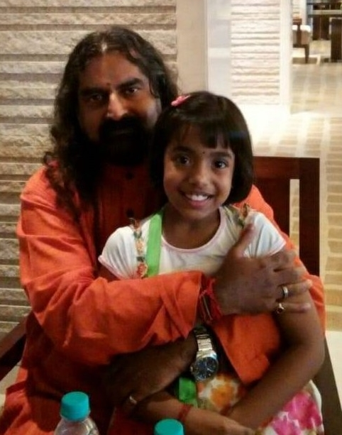 Lovely Healing_Mohanji with Revathy daughter