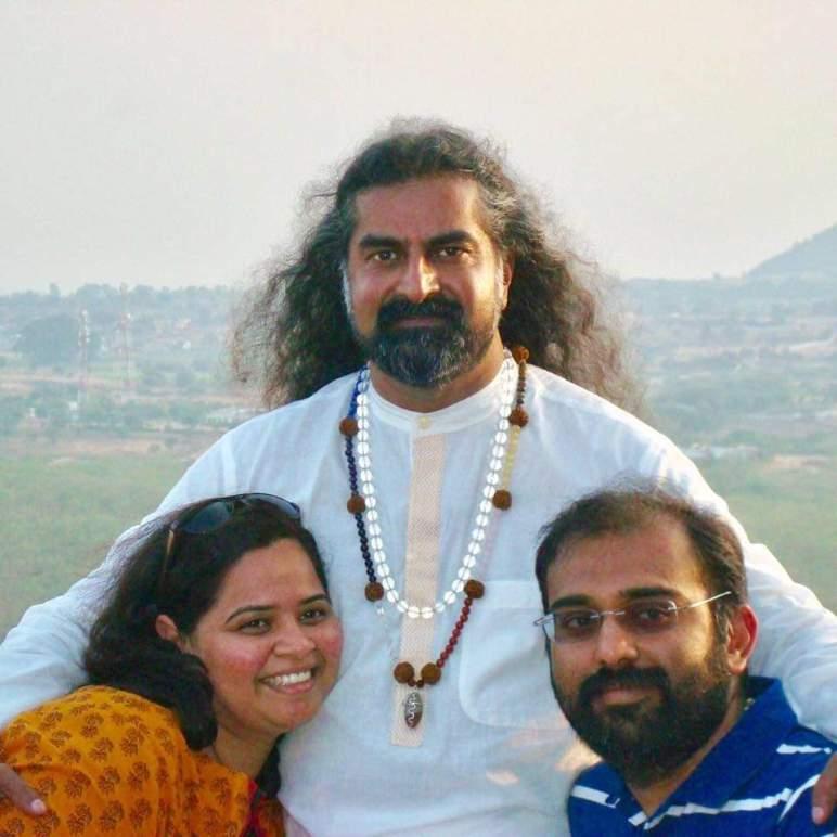 Meeting Mohanji_ Rakshitha and Ananth with Mohanji
