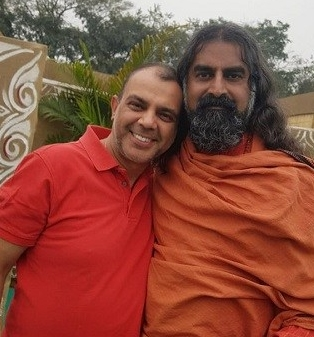 NIlesh with Mohanji