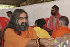 A Royal Vision_Mohanji Pressing leg 2