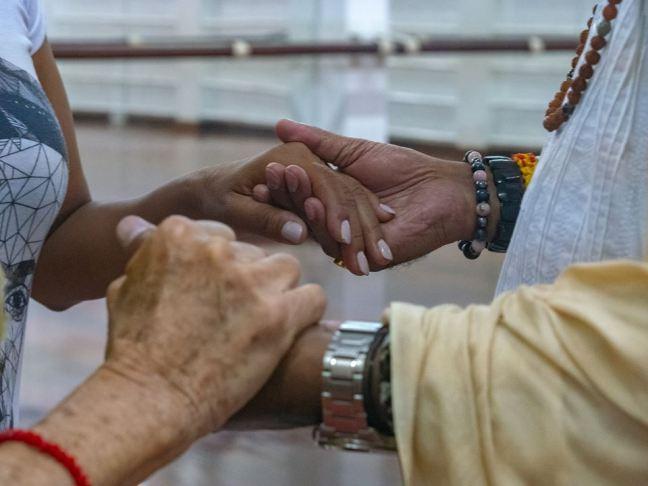 hands mohanji