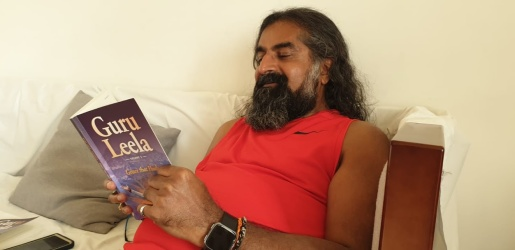 mohanji with book