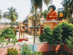mohanjichronicles-Gopal Baba ashram - 3