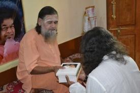 mohanjichronicles-Gopal Krishna Baba Gifts-4