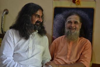 mohanjichronicles-Gopal Krishna Baba & Mohanji-1