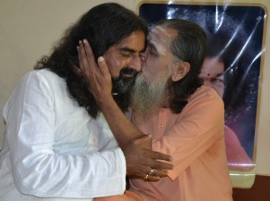 mohanjichronicles-Gopal Krishna Baba & Mohanji-2