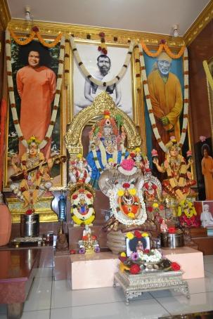 mohanjichronicles-Gopal Krishna Baba - Residence Altar
